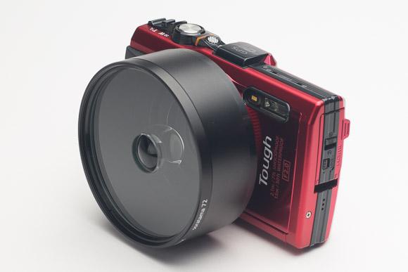 オリンパス TG-3 Toughには顕微鏡モードがついており、クローズアップレンズ不要で宙玉を取り付けることが可能。